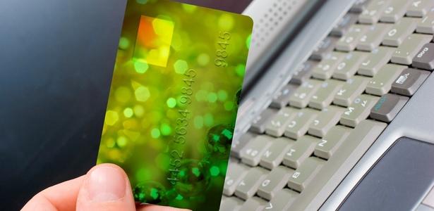 Consumidor pode solicitar devolu��o de produto comprado pela web em at� sete dias