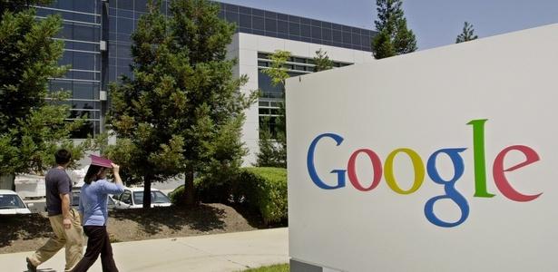 Imagem da fachada da sede do Google na Califórnia (EUA); brasileiros reclamaram de instabilidade nos serviços da empresa
