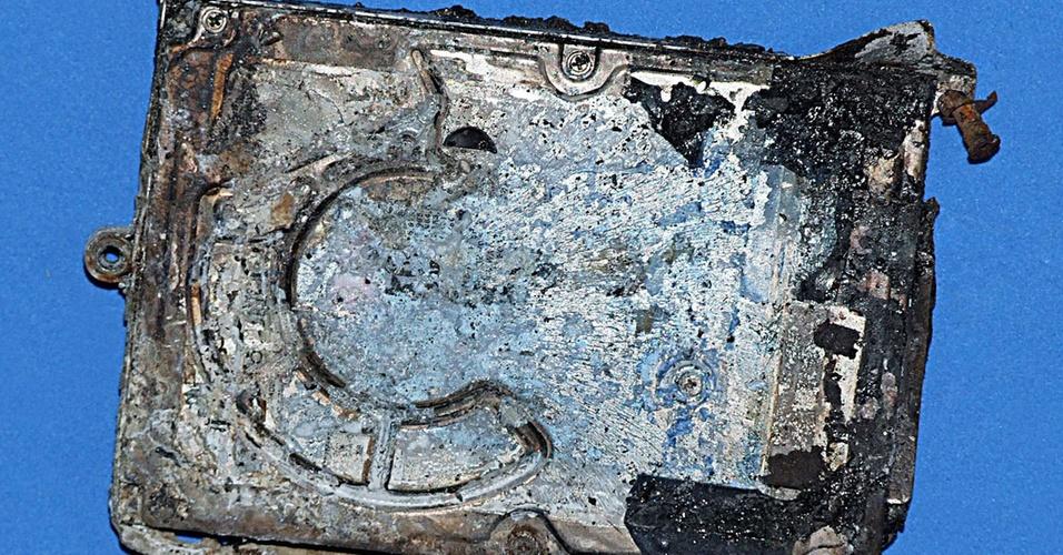 HD danificado no acidente com o avião do voo 3054 da TAM