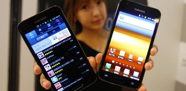 Empresa vendeu 93,5 mi de celulares no trimestre: um em cada quatro aparelhos do mundo