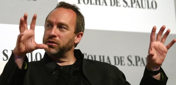 Jimmy Wales, fundador da Wikipedia, durante sabatina realizada pela Folha em 2008