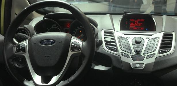 Ford Fiesta 2011: Função Sync AppLink sincroniza aplicativos do celular com o carro