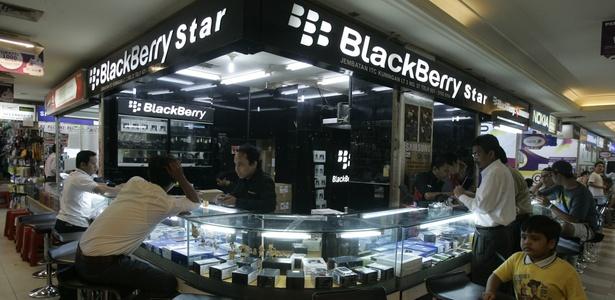 Loja da BlackBerry em um shopping na cidade de Jacarta, Indonésia; país proibiu pornografia