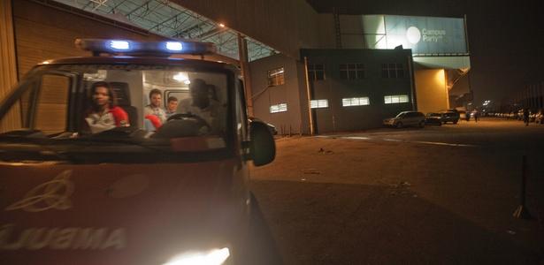 Ambulância na Campus Party remove paciente com suspeita de AVC (Acidente Vascular Cerebral)