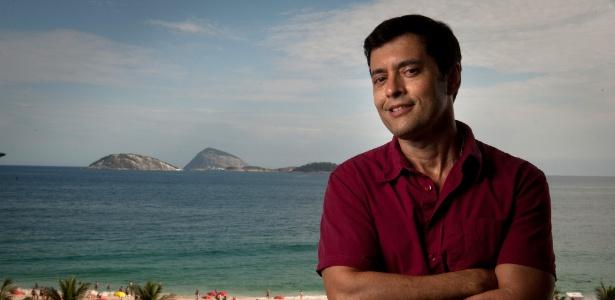 Tiago Santiago pode escrever minisérie de 50 capítulos para o SBT