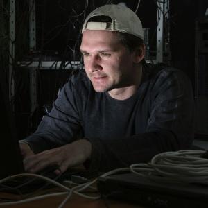 Britânico recebe US$ 20 mil do Facebook após descobrir falha que permitia roubar perfil