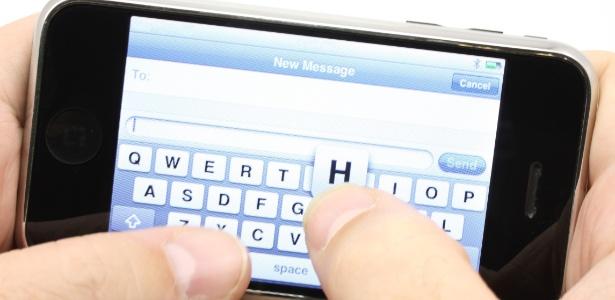 Serviço de SMS pode ficar mais barato para portadores de deficiência auditiva ou de fala