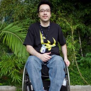 O cadeirante Flávio Tamura, 33, não conseguiu jogar por conta da altura dos computadores