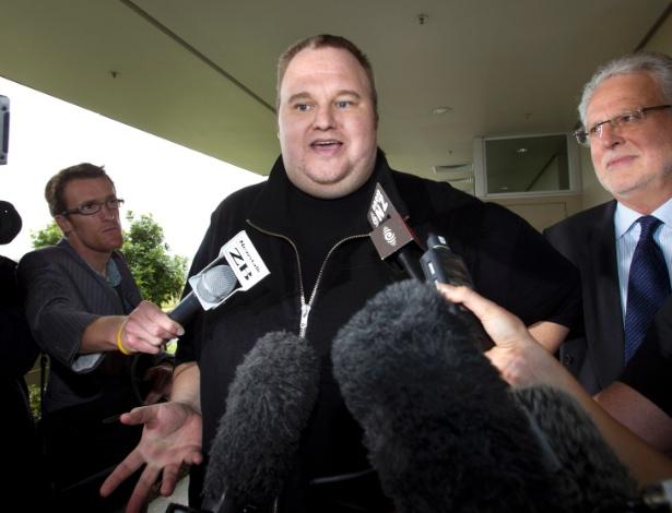 Kim Dotcom, fundador do Megaupload, deixa prisão na Nova Zelândia após pagar fiança em fevereiro