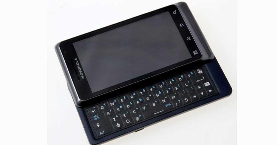 Smartphone Motorola Milestone 2 vem com a versão 2.2 do sistema Android