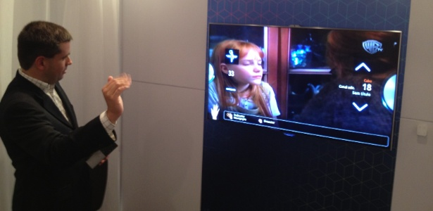 Sensor de gestos tem precisão semelhante à do Kinect -- câmera fica em cima da tela